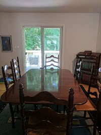 Ethan Allen Dining Room Table 6 chairs 24 km
