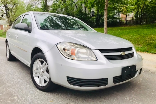"""2005 Chevrolet Cobalt """" LiKe New Interior ' clean title"""