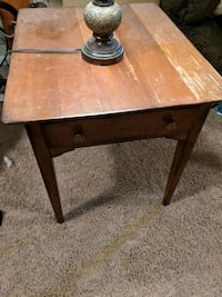 Brown wooden end table Maple Grove, 55369