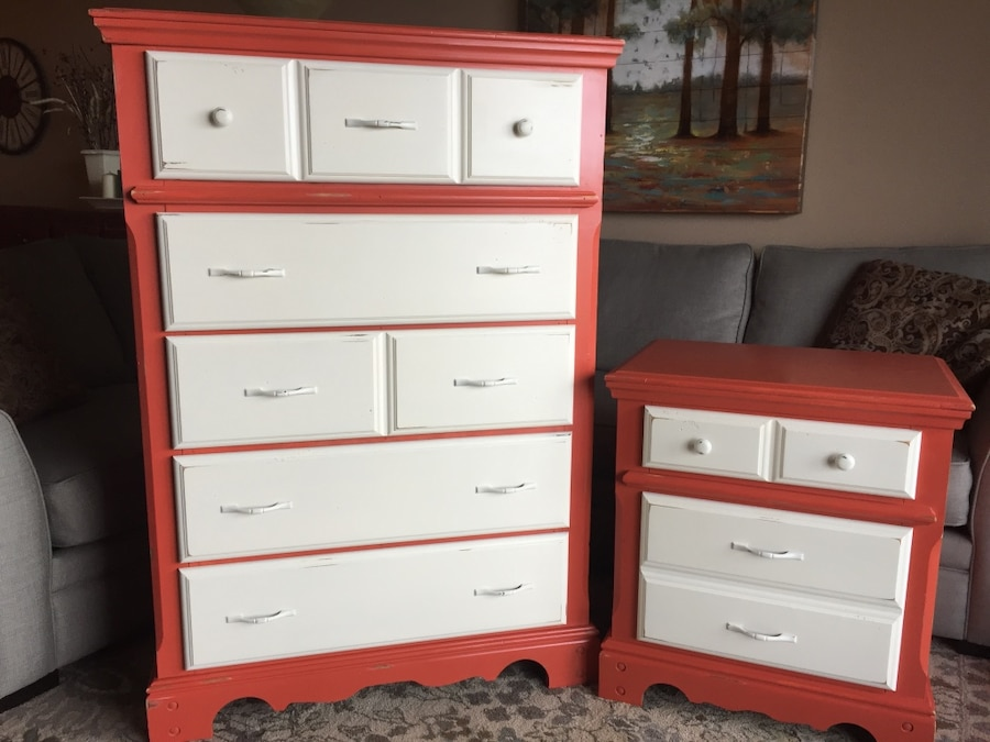White Nightstand And Dresser: Tall Dresser And Nightstand Makeover And Ready To Take