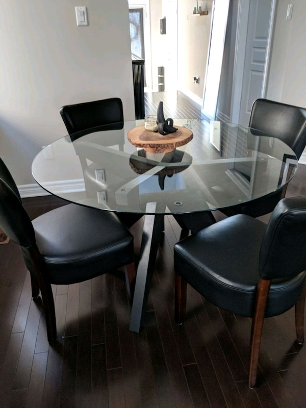 EQ3 Husk Glass Dining Table With Chairs