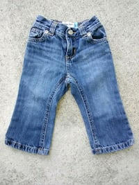 Old Navy jeans size 12-18 months Wilmington, 28403