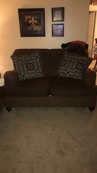 FURNITURE CONDITION: excellent well kept  Hinesville, 31313