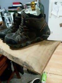 9.5 Steele toe black hiking shoes Moline