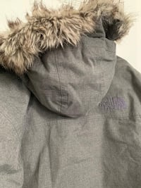 Used north face winter jacket size L, very good condition Toronto, M6G