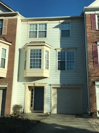 2 bedrooms w private bath for rent Herndon