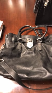 Michael Kors authentic bag Centreville, 20121