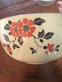 Vintage Hall's Superior Quality Radiance Red Poppy Mixing/Serving Bowl Oklahoma City, 73120
