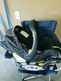 Chicco Keyfit 30 carseat and base Statesville