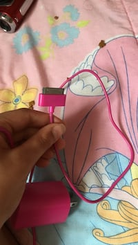 Pink iPhone 4 charger  Waterford, 12188