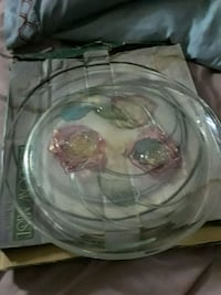round clear glass bowl with box