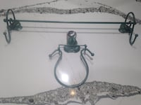 Leaf-Motif Metal Towel Bar and Towel Ring