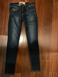 hollister jeans Burnaby