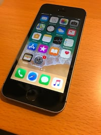 iPhone SE Space Gray 16GB UNLOCKED  Annandale, 22003