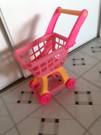 pink and white plastic shopping cart toy Toronto, M2J 3C8