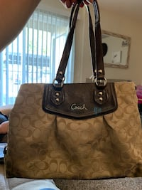 Coach Purse from outlet Elk Grove, 95624