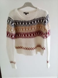 Pull taille M Crevin, 35320