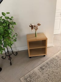 Side table  Vaughan, L4H