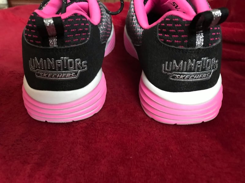 Skechers Luminators size 5 6