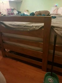 Full/double size wood bed frame Hamilton, L9B