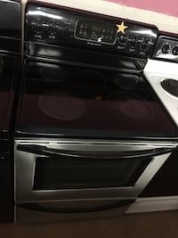 Frigidaire stainless steel electric stove  Woodbridge, 22191