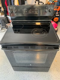 GE electric glass top range oven
