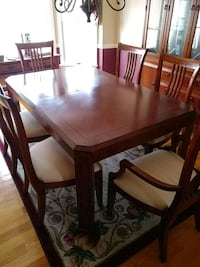 Table, China cabinet and chairs Woodbridge, 22193