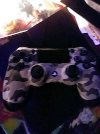 black and brown camouflage Sony PS4 controller Kingston, K7K 3J5