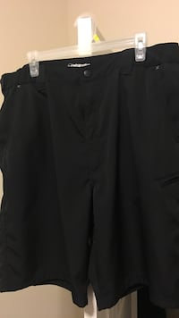 Black Wrangler short pants, clean, pick it up anytime if it's available