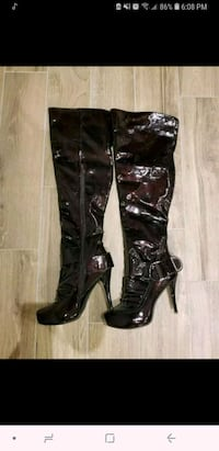 Never Worn Size 10 high heel boots Toronto, M4J 3G7
