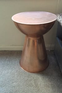 Copper accent table/side table/plant stand/end table Bethesda, 20814