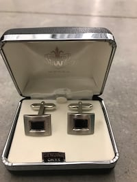Weber Genuine Onyx cufflinks Surrey, V3T 4L7