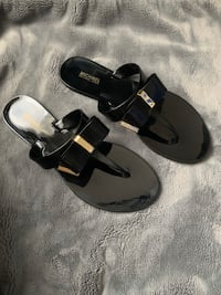 New Michael Kors Black Jelly Flip Flops