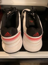 Men's black-and-white Adidas sneakers Wakefield, 01880
