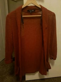 Forever 21 rust colored sweater size small  Edmonton, T5X