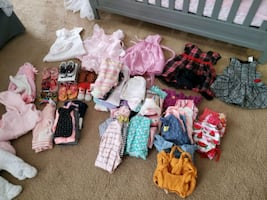 Baby girl's clothing size 6-9 months