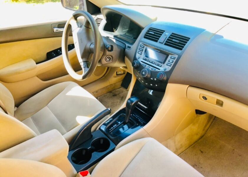 Drives Excellent ' Pearl White ' 2006 Honda Accord 9a6247c5-76bf-4ee3-acfd-051f69cd40a1