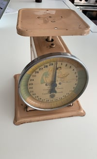 1940 vintage baby scale Paragon Furniture Company