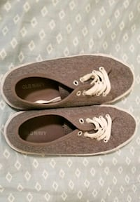 Old navy shoes!!! Toppenish, 98948