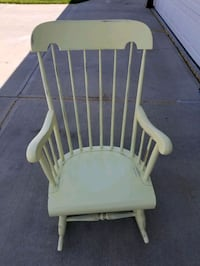 Rocking chair refinished very sturdy Edmonton, T5Y 2S9