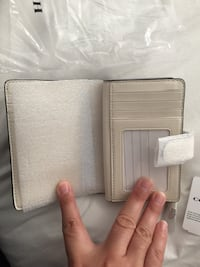 Coach Wallet off white Ottawa, K1T