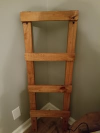 Wood ladder Clarksville, 37042