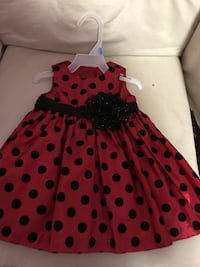 women's red and black polka dot sleeveless dress Mississauga, L5A