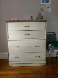 Chest of drawers  St. Louis, 63112