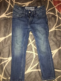 blue-washed whiskered jeans New York, 11435