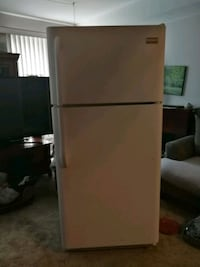 white top-mount refrigerator Waterloo, N2V 2A2