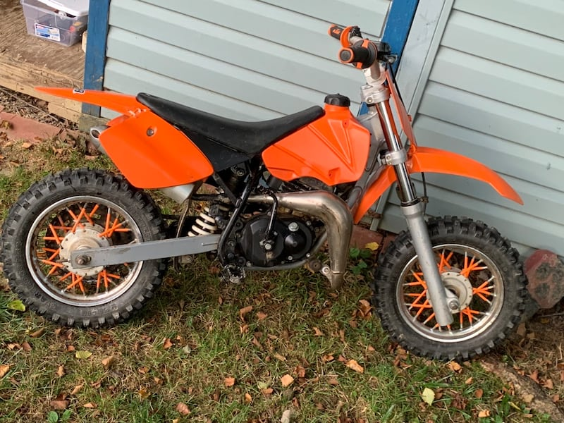 Ktm 50 jr mini fully automatic two strone change oil every ride 3e44a5fe-7264-40d6-967b-48fe0822a239