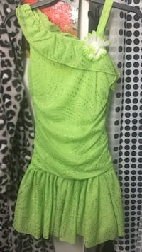 Green amy byer dress  Cincinnati, 45245