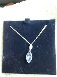Silver-colored chain necklace with cz diamond and gem pendant Grimsby, L3M 3K2