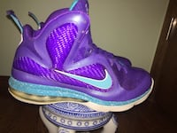 purple-and-blue Nike basketball shoes Kenosha, 53140